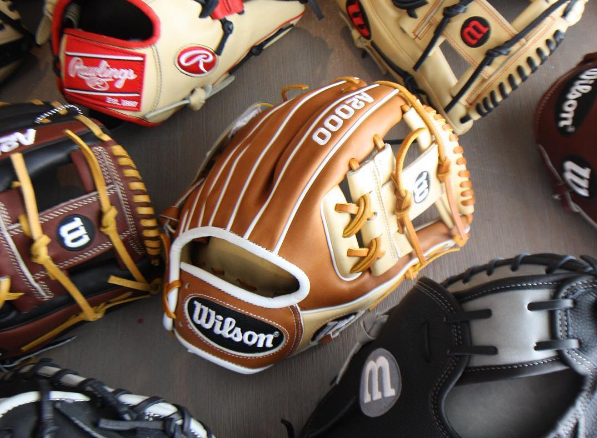 Best Infield Gloves   2nd, Short, 3rd Great Gloves