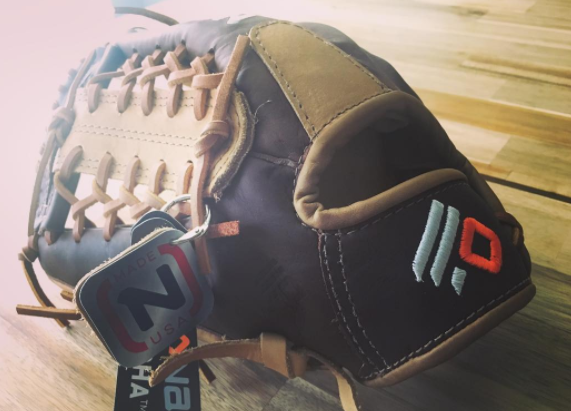 3 Best Youth Baseball Gloves   Top Rated Mitts for 7 through 11 Years Old